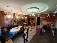 4-комнатный дом, 181 м², 3 сот., Терешковой 14/2 за 54.5 млн 〒 в Караганде, Казыбек би р-н