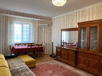 2-комнатная квартира, 70 м², 3/9 этаж помесячно