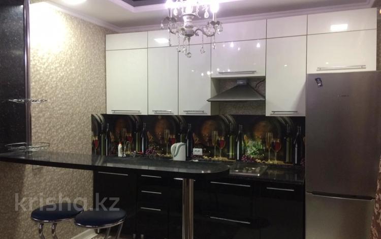 2-комнатная квартира, 55 м² помесячно, Акмешит 11 за 100 000 〒 в Нур-Султане (Астана), Есиль р-н