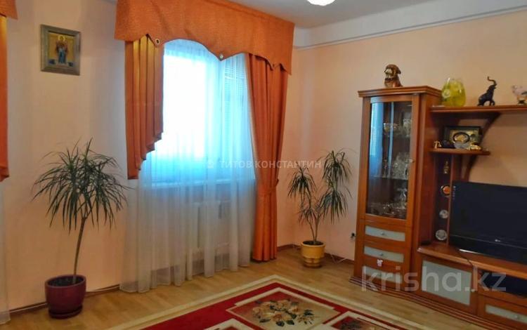 2-комнатная квартира, 100 м², 2/5 этаж, Мустафина за 25 млн 〒 в Нур-Султане (Астана), Алматы р-н