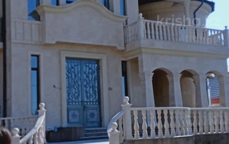 8-комнатный дом, 600 м², 10 сот., мкр Северо-Восток за 307.5 млн 〒 в Шымкенте, Енбекшинский р-н