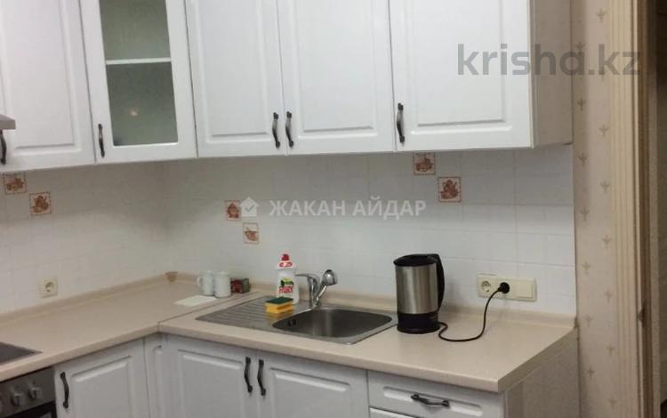1-комнатная квартира, 43 м², 5/22 этаж на длительный срок, Александр Бараев 18 за 120 000 〒 в Нур-Султане (Астане), р-н Байконур
