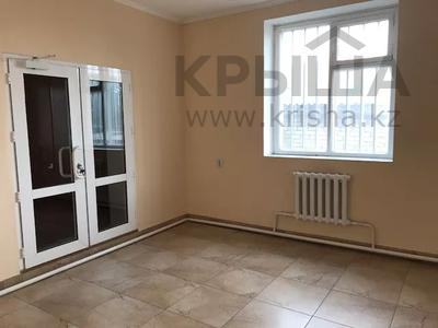 Магазин площадью 200 м², Громова 42 — Московская за 41 млн 〒 в Семее — фото 6