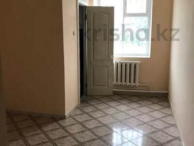 Магазин площадью 200 м², Громова 42 — Московская за 41 млн 〒 в Семее — фото 9