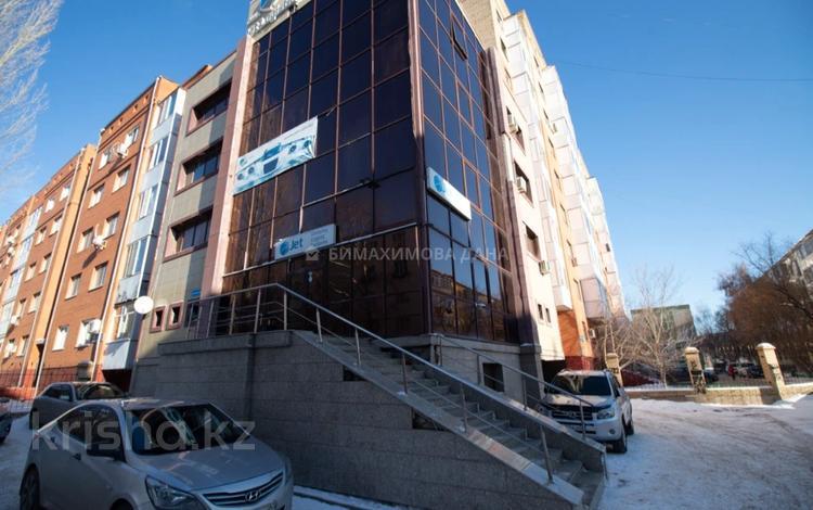 Здание, площадью 735 м², проспект Тауелсиздик за 200 млн 〒 в Нур-Султане (Астана), Алматы р-н