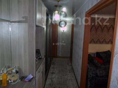 3-комнатная квартира, 65.1 м², 10/10 этаж, Шакарима 14 за 15 млн 〒 в Семее — фото 8