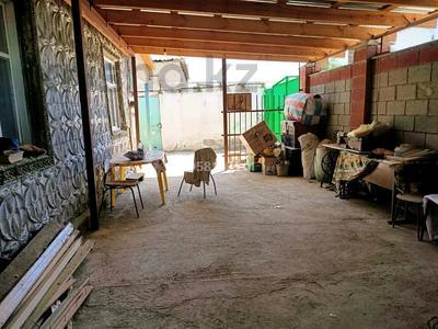 4-комнатный дом, 70 м², 6 сот., Лукманова 53 — Мусорского за 8.5 млн 〒 в Таразе — фото 3