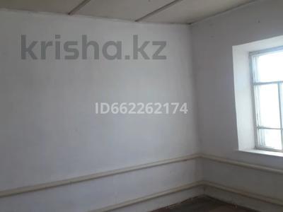 4-комнатный дом помесячно, 180 м², 6 сот., 2-й переулок Мусоргского 206 за 40 000 〒 в Таразе