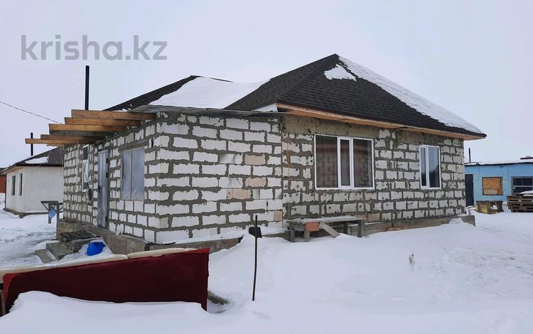 4-комнатный дом, 100 м², 6 сот., Илинка 16 — Кунаева за 13 млн 〒 в Нур-Султане (Астана), Есиль р-н