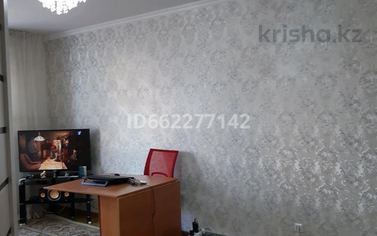1-комнатная квартира, 37.5 м², 1/6 этаж, Кенена Азербаева 2 — Жургенева за 12 млн 〒 в Нур-Султане (Астана), Алматы р-н