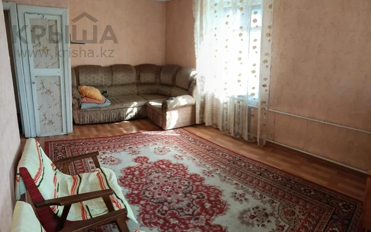 1-комнатная квартира, 32 м², 4/5 этаж, проспект Нурсултана Назарбаева 1 за 9 млн 〒 в Усть-Каменогорске