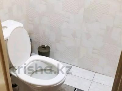 2-комнатная квартира, 58 м², 8/9 этаж по часам, мкр Таугуль-1 72 — Ул.Шалова за 1 000 〒 в Алматы, Ауэзовский р-н — фото 10