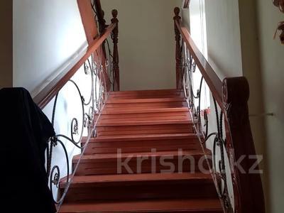 5-комнатный дом, 200 м², 6 сот., Мкр-н Самал2 222 за 35 млн 〒 в Туздыбастау (Калинино) — фото 7