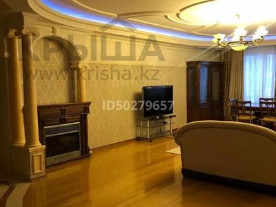 4-комнатная квартира, 250 м², 2/3 этаж помесячно, Микрорайон Акбулак-2 за 700 000 〒 в Нур-Султане (Астана), Алматы р-н — фото 7