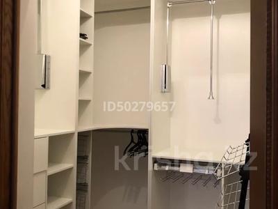 4-комнатная квартира, 250 м², 2/3 этаж помесячно, Микрорайон Акбулак-2 за 700 000 〒 в Нур-Султане (Астана), Алматы р-н — фото 16