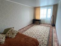 1-комнатная квартира, 38 м², 5/9 этаж посуточно, мкр Северо-Восток 37 за 4 500 〒 в Уральске, мкр Северо-Восток