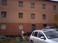Здание, площадью 1204 м²