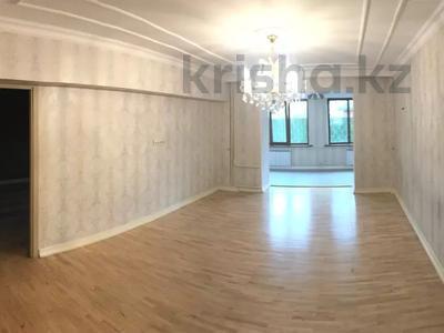 4-комнатная квартира, 132 м², 1/5 этаж, Хаджи Мукана 26 — Мендикулова за 55 млн 〒 в Алматы, Медеуский р-н — фото 8