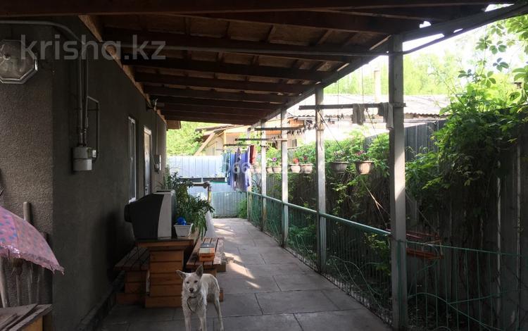 4-комнатный дом, 72.2 м², 3.2 сот., Суюнбая 346-1 за 19 млн 〒 в Алматы, Турксибский р-н
