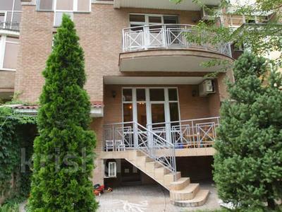 5-комнатный дом, 500 м², 1 сот., мкр Самал-3 за 352.5 млн 〒 в Алматы, Медеуский р-н — фото 2