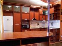 3-комнатная квартира, 120 м², 3/12 этаж помесячно