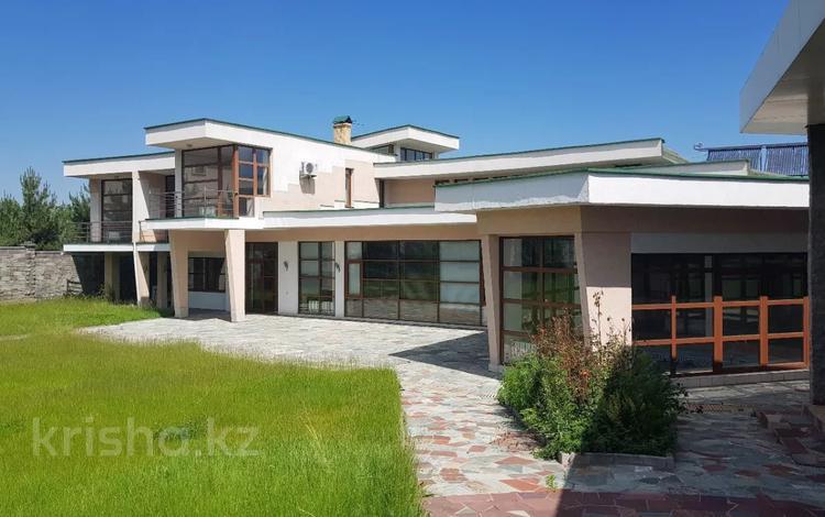 7-комнатный дом, 784 м², 30 сот., мкр Мирас за 588 млн 〒 в Алматы, Бостандыкский р-н