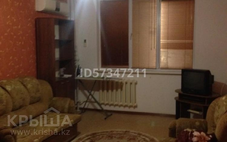 2-комнатная квартира, 52 м², 7/9 этаж, 5 мкр 19 за 12 млн 〒 в Аксае