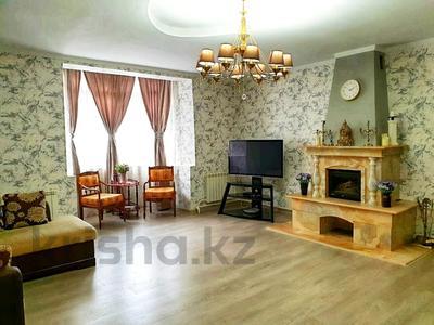 4-комнатный дом помесячно, 250 м², 12 сот., Арычная улица 24 за 750 000 〒 в Алматы, Ауэзовский р-н — фото 14
