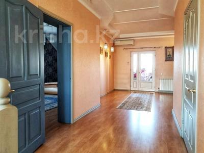 4-комнатный дом помесячно, 250 м², 12 сот., Арычная улица 24 за 750 000 〒 в Алматы, Ауэзовский р-н — фото 20