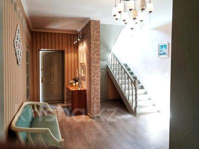 4-комнатный дом помесячно, 250 м², 12 сот., Арычная улица 24 за 750 000 〒 в Алматы, Ауэзовский р-н — фото 19