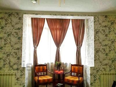 4-комнатный дом помесячно, 250 м², 12 сот., Арычная улица 24 за 750 000 〒 в Алматы, Ауэзовский р-н — фото 11
