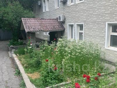 Здание, площадью 400 м², Родостовцева 165 за 161 млн 〒 в Алматы, Бостандыкский р-н