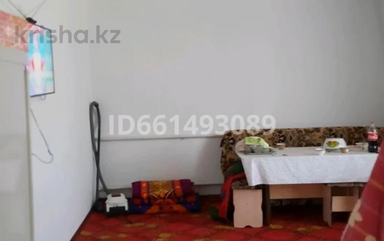 4-комнатный дом, 110 м², 8 сот., улица Кызыл Кайнар 9 за 15 млн 〒 в Таразе
