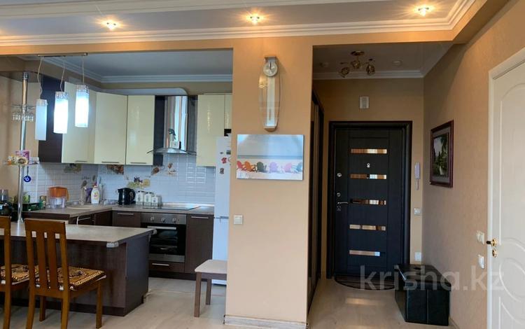 2-комнатная квартира, 54 м², 7/17 этаж, Навои 208 — Торайгырова за 31.5 млн 〒 в Алматы, Бостандыкский р-н