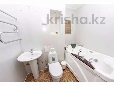 3-комнатная квартира, 145 м², 26/40 этаж посуточно, Достык 5/1 — Сауран за 18 000 〒 в Нур-Султане (Астана), Есиль р-н — фото 3