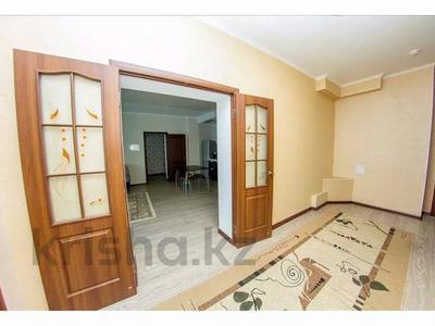 3-комнатная квартира, 145 м², 26/40 этаж посуточно, Достык 5/1 — Сауран за 18 000 〒 в Нур-Султане (Астана), Есиль р-н — фото 11