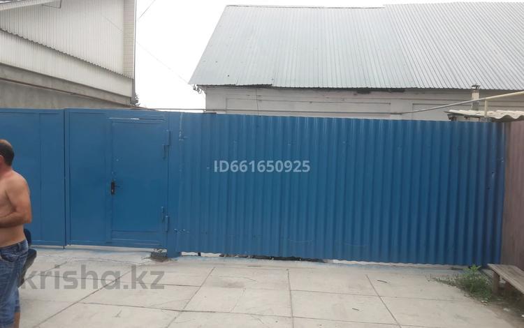 4-комнатный дом, 55 м², 6 сот., Почтовая 68 за 15 млн 〒 в Таразе