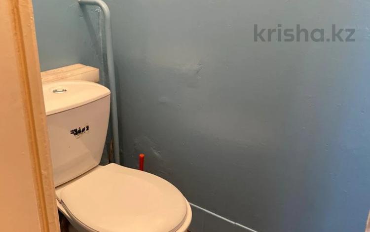 2-комнатная квартира, 54 м², 7/9 этаж, мкр Аксай-1А, Саина — Толе Би (Комсомольская) за 19.5 млн 〒 в Алматы, Ауэзовский р-н