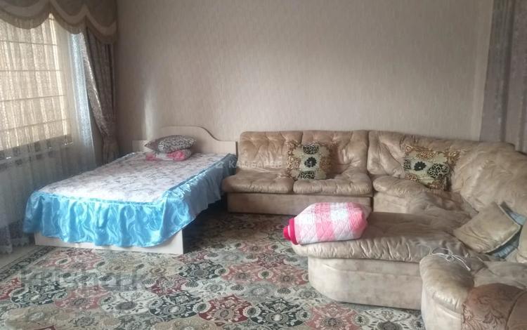 3 комнаты, 120 м², Водопьянова 22 за 20 000 〒 в Шымкенте