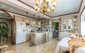 5-комнатная квартира, 208 м², 21/38 этаж помесячно, Достык 5 за 650 000 〒 в Нур-Султане (Астана), Есиль р-н
