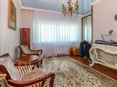 5-комнатная квартира, 208 м², 21/38 этаж помесячно, Достык 5 за 500 000 〒 в Нур-Султане (Астана), Есиль р-н — фото 15