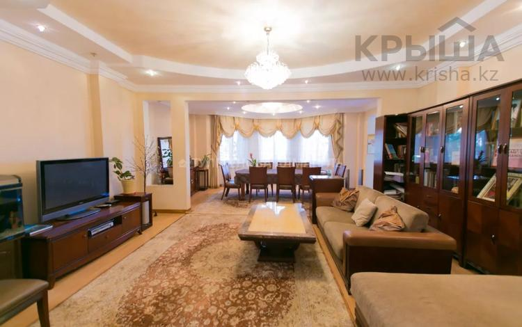 5-комнатная квартира, 209 м², 2/5 этаж, Переулок Тасшокы за 83 млн 〒 в Нур-Султане (Астана), Алматы р-н