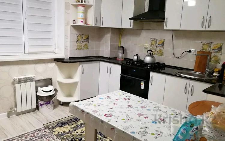 2-комнатная квартира, 61 м², 1/6 этаж, 32Б мкр, Шаңырақ 8 за 14.8 млн 〒 в Актау, 32Б мкр