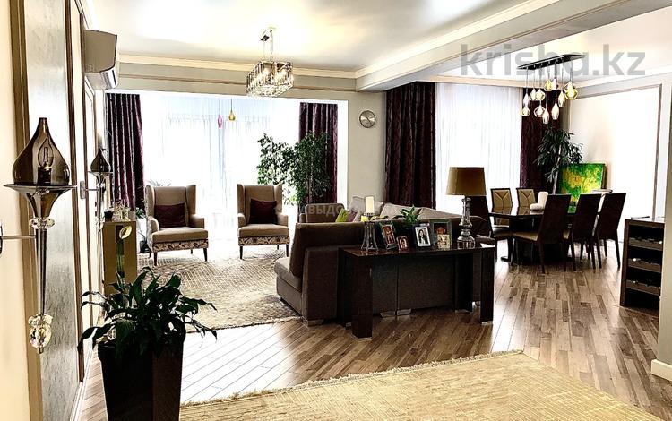 4-комнатная квартира, 187 м², 12/21 этаж, Снегина за 150 млн 〒 в Алматы, Медеуский р-н