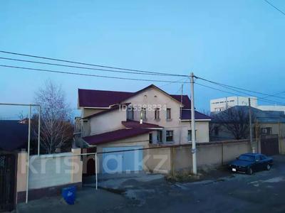 7-комнатный дом, 215 м², 12 сот., мкр Наурыз , Наурыз мкр 385 за 45 млн 〒 в Шымкенте, Аль-Фарабийский р-н