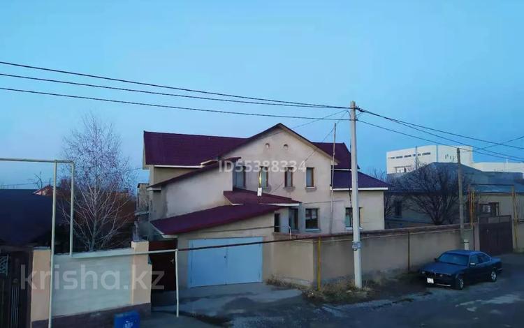 7-комнатный дом, 415 м², 12 сот., мкр Наурыз за 45 млн 〒 в Шымкенте, Аль-Фарабийский р-н