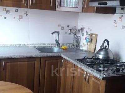3-комнатная квартира, 58 м², 4/4 этаж, мкр №6, Мкр. №6 39 за 20 млн 〒 в Алматы, Ауэзовский р-н