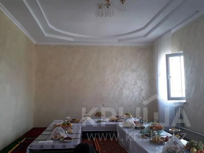 8-комнатный дом, 260 м², 10 сот., Байтерек. тружник. 62 — Болашак за 13 млн 〒 в Алматы — фото 2