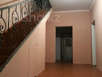 8-комнатный дом, 260 м², 10 сот., Байтерек. тружник. 62 — Болашак за 13 млн 〒 в Алматы — фото 3