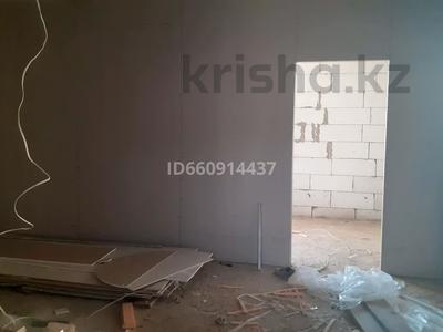 3-комнатный дом, 120 м², 12 сот., Микрорайон 19 77 за 20 млн 〒 в Нур-Султане (Астана) — фото 6